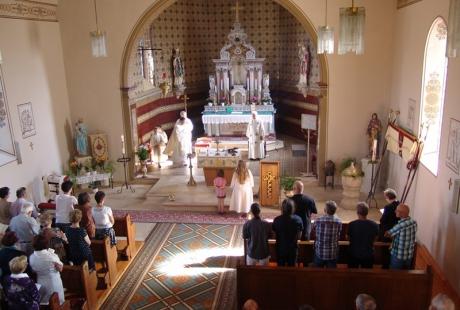 Erster Altar - St. Remigius Kirche