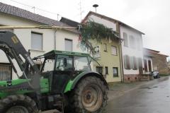 Aufwaerts mt Traktorhilfe