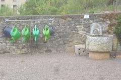 Gießkannenständer Friedhof